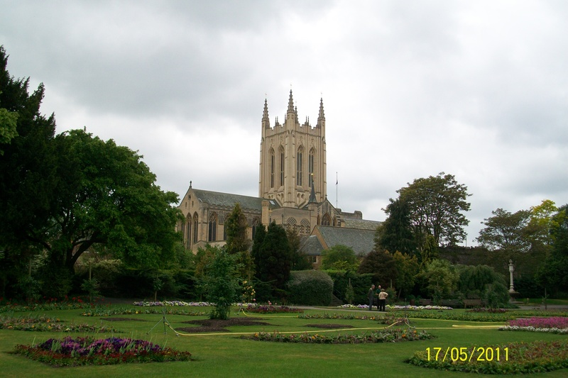 Bury St Edmunds - Cathedral